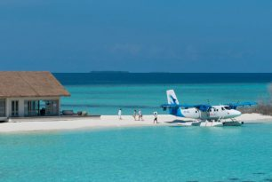 Maldivian will buy five new seaplanes